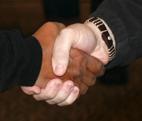 Handshake1 klein